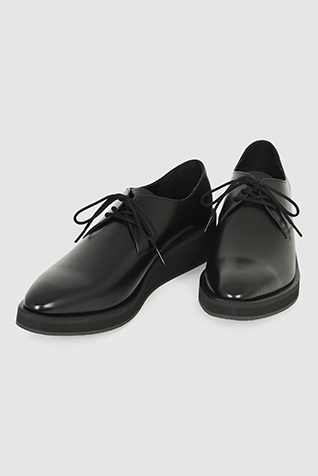 PLAIN TOE SHOES