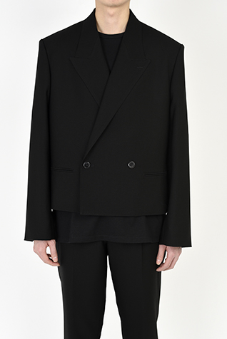 DOUBLE BREASTED SHORT JACKET