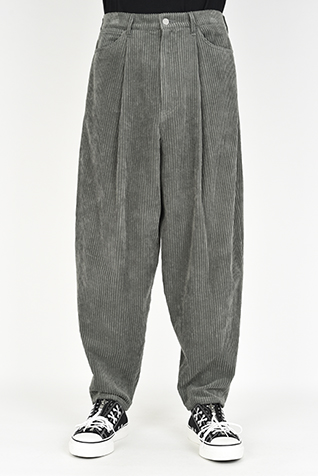 1TUCK TAPERED WIDE PANTS