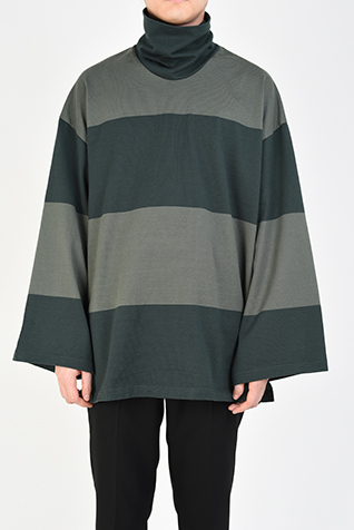 HIGH NECK SUPER BIG T-SHIRT