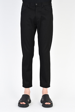 TAPERED TIGHT CROPPED PANTS